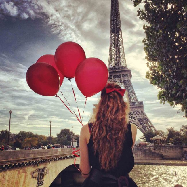 red balloons in paris girl