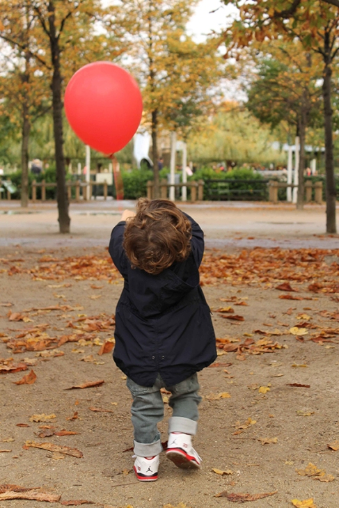 red balloon paris