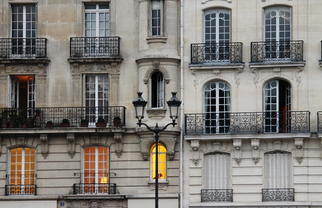 paris windows on the seine