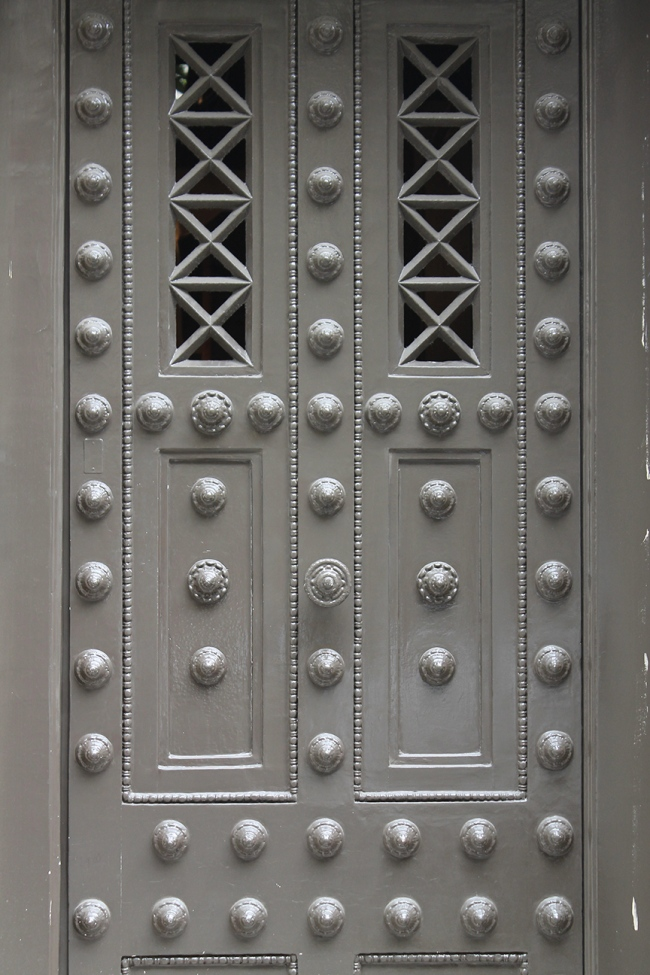 paris grey door