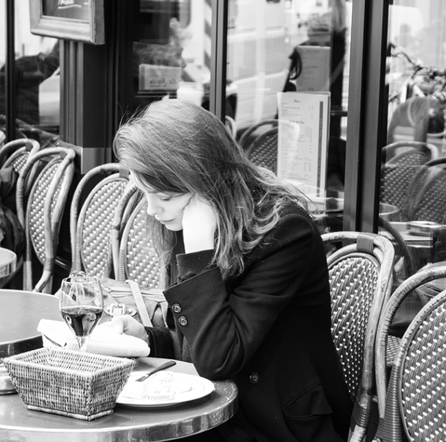 paris cafe black and white